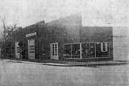 Really old photo of the building that now houses Bishop\'s Stock Gallery.