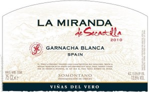 label from La Miranda de Secastilla Garnacha Blanca from SomonTAno, Spain