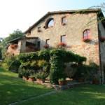 tuscan_home_pergola